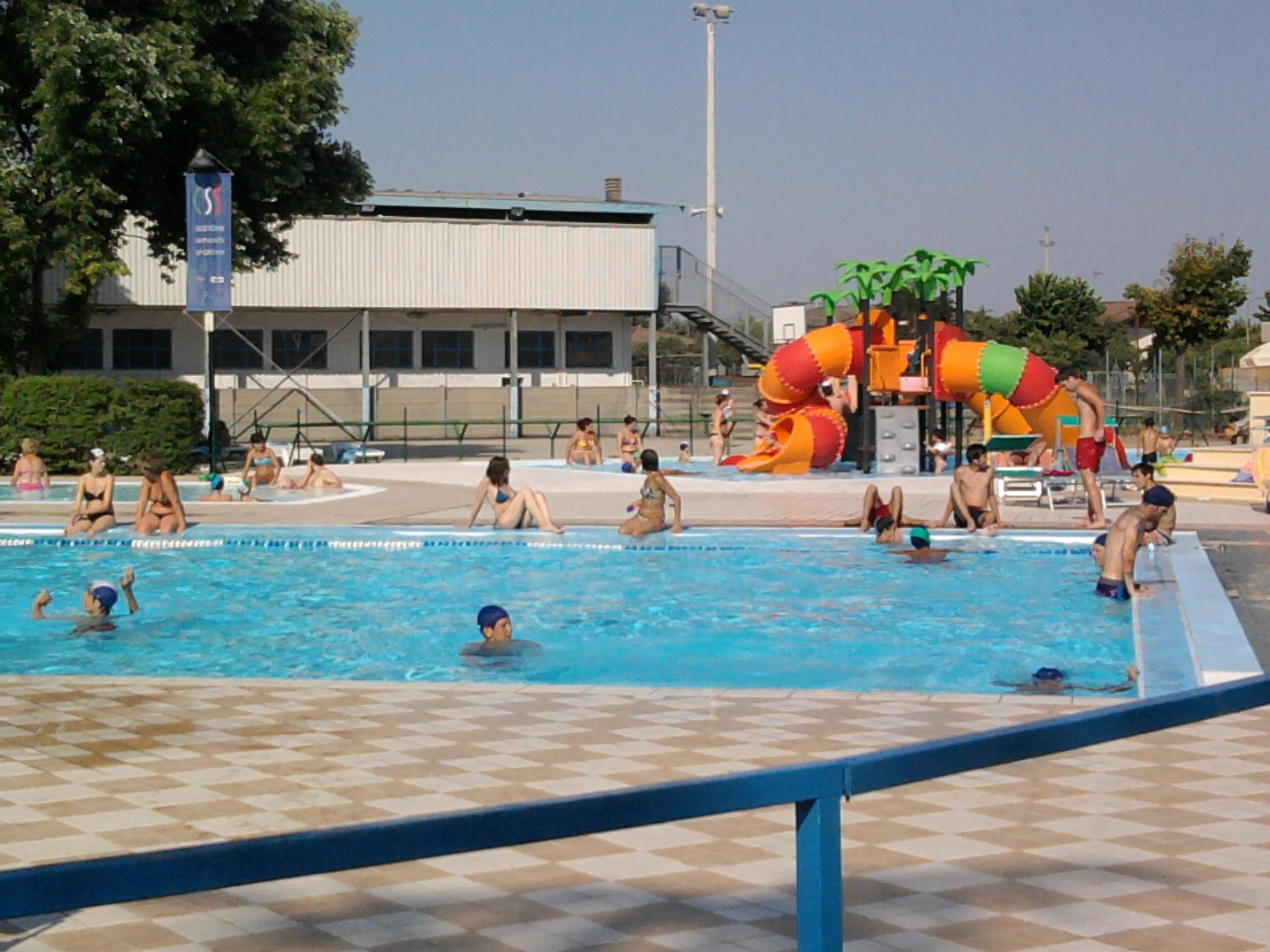 Nuovi lavori in piscina sapevicheapoggio - Piscina g conti verona ...